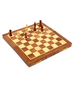 MAGNETIC CHESS MAD. 30X30 CM