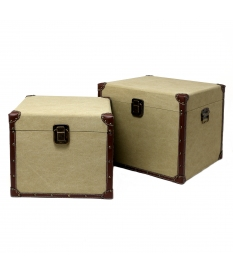 SET. 2 TRUNKS WOOD/LINED